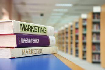 5 + 1 marketing books that the MTH Digital team says you can not miss